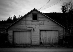 coldstream_woodenhouse